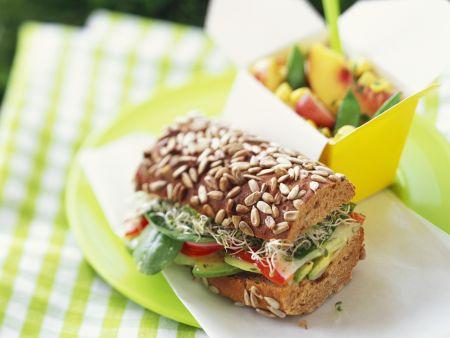 Körnersandwich mit Gemüse