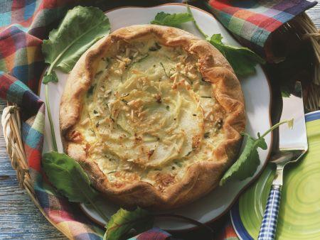 Rezept: Kohlrabiquiche mit Mandeln und Parmesan