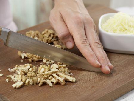 Kohlrabisuppe mit Käsetoast: Zubereitungsschritt 6