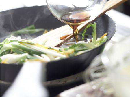 Koreanischer Pfannkuchen: Zubereitungsschritt 7
