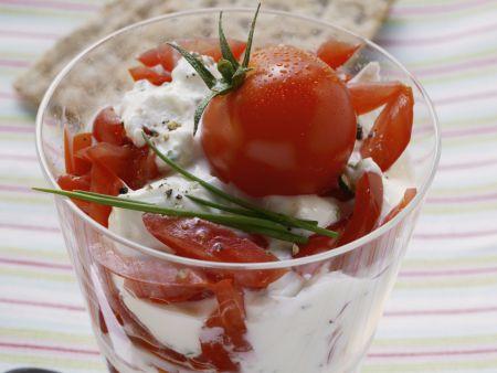 Kräuterquark mit Tomaten