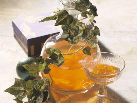 Kumquat-Pfirsich-Likör