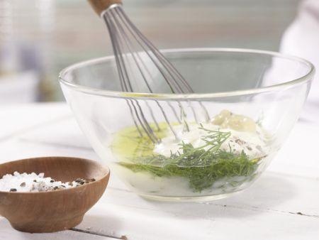Lachs-Gurken-Salat: Zubereitungsschritt 4