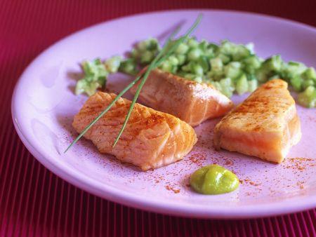 Lachs mit Gurkensalat