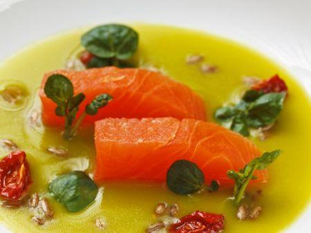 Lachs mit Kressesuppe