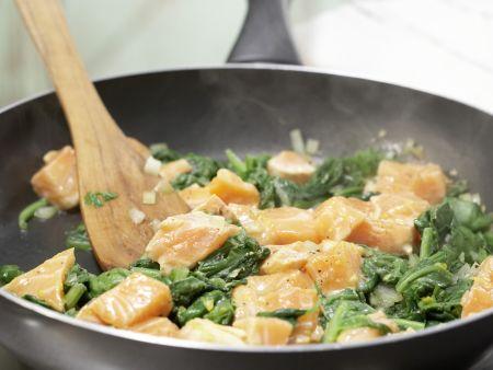 Lachs-Spinat-Pfanne: Zubereitungsschritt 11