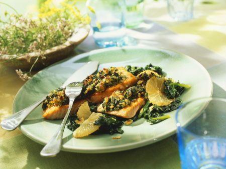 Lachsfilet mit Spinat