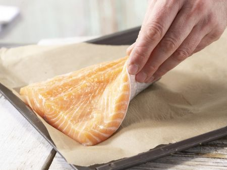 Lachsfilet aus dem Ofen: Zubereitungsschritt 3