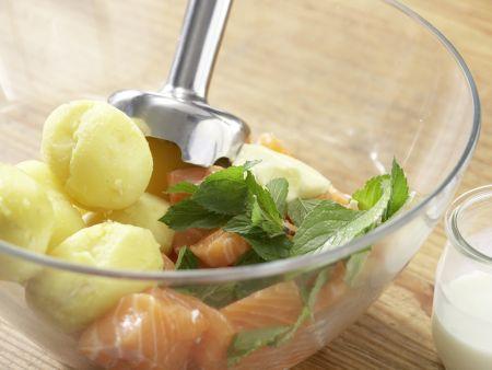 Lachsspieße mit Möhrensalat: Zubereitungsschritt 7
