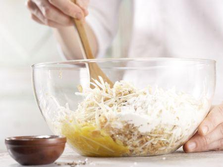 Lachstatar auf Selleriepuffern: Zubereitungsschritt 7