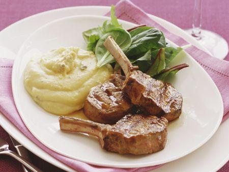 Lammchops mit Käsepolenta