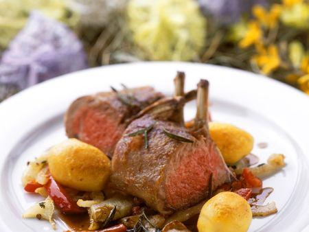 Rezept: Lammkaree mit Gemüse