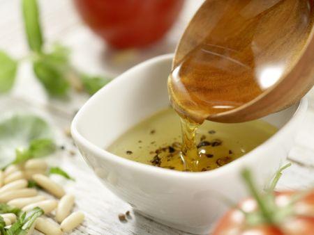Lauwarmer Hähnchen-Nudel-Salat: Zubereitungsschritt 3