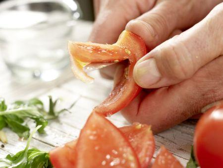 Lauwarmer Hähnchen-Nudel-Salat: Zubereitungsschritt 8