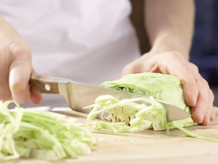Leichter Gemüseeintopf: Zubereitungsschritt 1