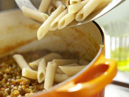 Linsen-Gemüse-Bolognese: Zubereitungsschritt 8