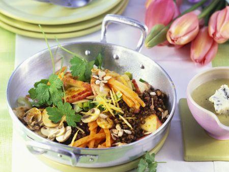 Linsen-Gemüsepfanne mit Champignons
