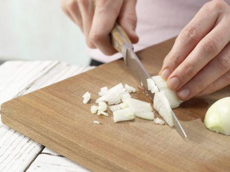 Linsenrahmsuppe mit Croûtons: Zubereitungsschritt 1