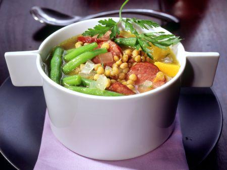 Linsensuppe mit Kürbis und grünen Bohnen