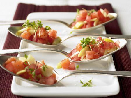 Löffelhäppchen mit Lachs und Gemüse