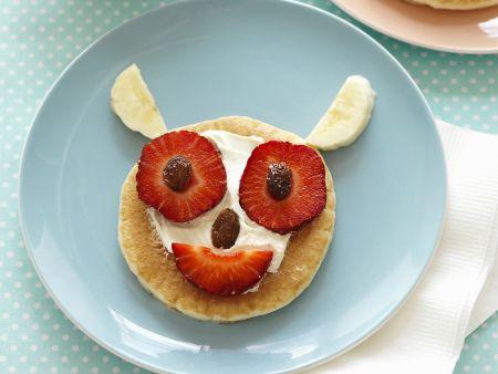 Lustige Erdbeer-Pancakes