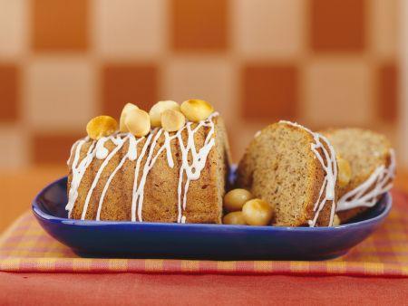 Macadamiakuchen mit Zuckerguss
