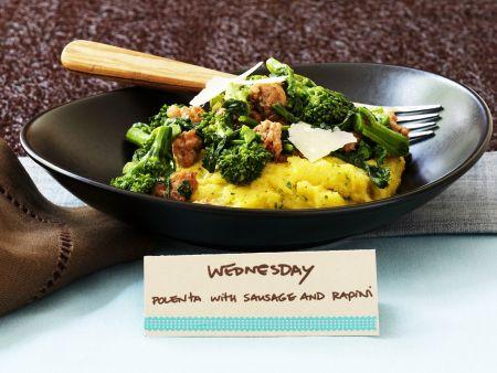 Maisbrei mit Broccoli und Wurst