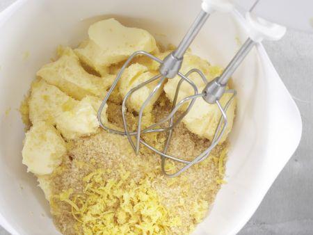 Maisgrieß-Rührkuchen: Zubereitungsschritt 2