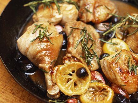 Rezept: Maispularde mit Salzzitronen und Oliven