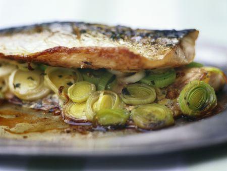 Makrele mit französischem Senf und Porree
