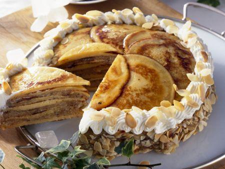 Mandel-Pfannkuchen-Torte nach ostfriesischer Art (Knüppeltorte)