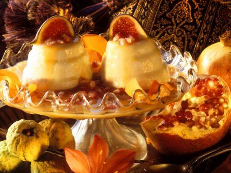 Rezept: Mandelflan mit Granatapfelsoße