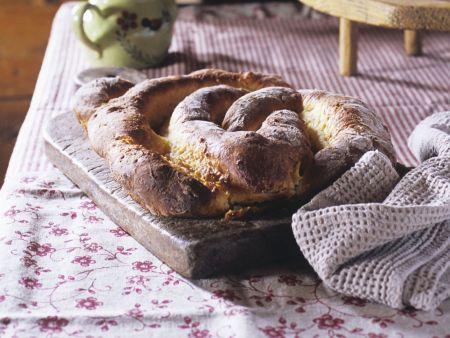 Mandelkuchen aus Hefeteig