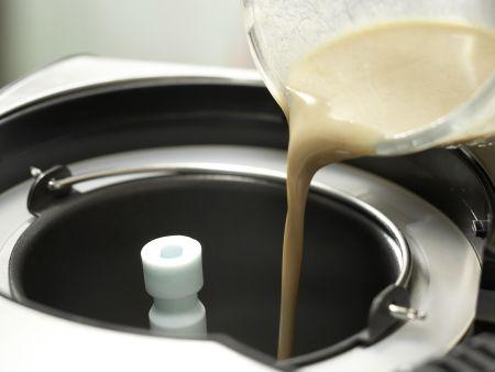 Mandelmilch-Eis: Zubereitungsschritt 4