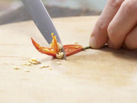 Marinierte Chili-Birnen: Zubereitungsschritt 1