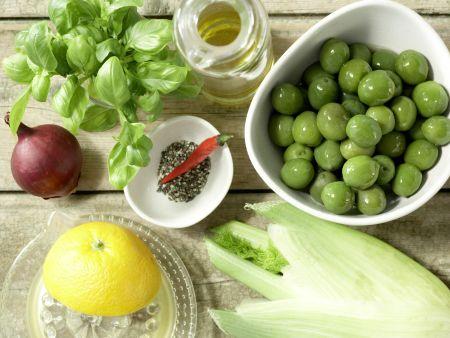 Marinierte grüne Oliven: Zubereitungsschritt 1