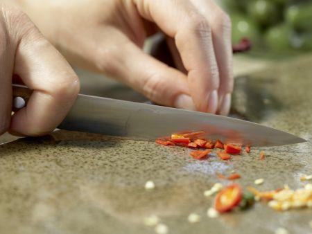 Marinierte grüne Oliven: Zubereitungsschritt 3