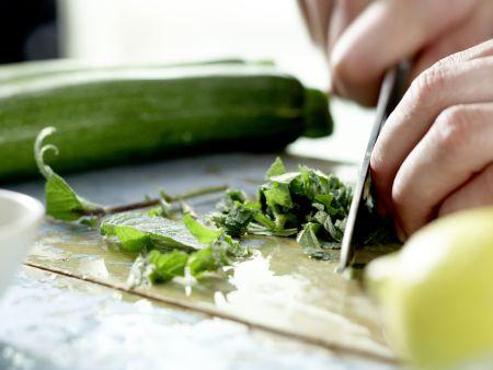 Marinierte Zucchini: Zubereitungsschritt 3