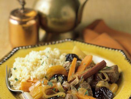 Marokkanisches Rindfleisch mit Trockenfrüchten