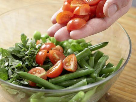 Matjessalat mit Bohnen: Zubereitungsschritt 5