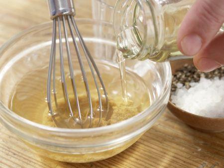 Matjessalat mit Bohnen: Zubereitungsschritt 8