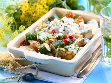 Rezept: Mediterraner Kartoffelsalat mit Joghurtdressing