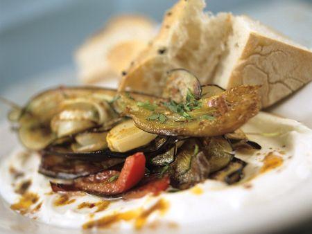 Mediterranes Gemüse mit Joghurt