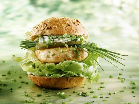 Mehrkornsemmel mit Pute und knackigem Salat