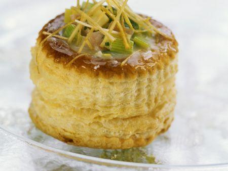 Mini-Pastete mit Lauch, Schinken und Cheddar