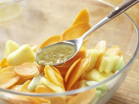 Möhren-Ananas-Salat: Zubereitungsschritt 5
