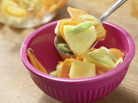 Möhren-Ananas-Salat: Zubereitungsschritt 7