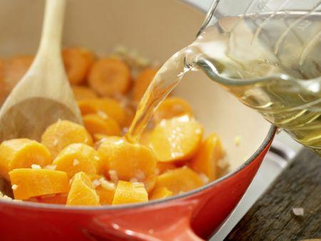 Möhren-Ingwer-Suppe: Zubereitungsschritt 4