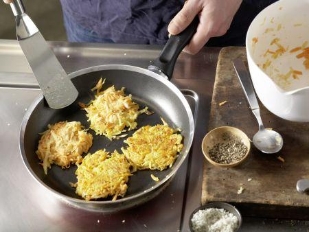 Möhren-Kartoffel-Rösti: Zubereitungsschritt 9