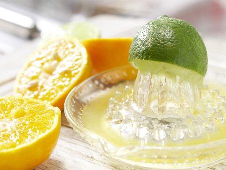 Möhren-Mandarinen-Drink: Zubereitungsschritt 2